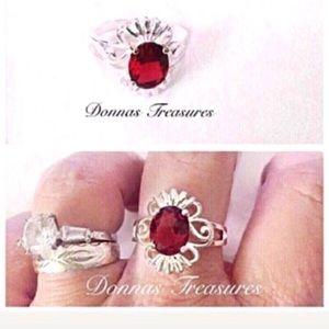 ❤️1.25 Ruby Red Crystal Birthstone Ring